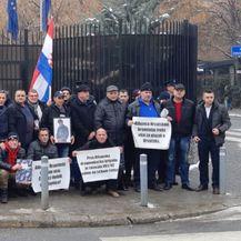 Prosvjedom tražili rješavanje svog statusa (Foto: Dnevnik.hr) - 2