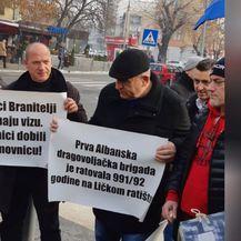 Prosvjedom tražili rješavanje svog statusa (Foto: Dnevnik.hr) - 3