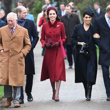 Kraljevska obitelj na božićnoj misi