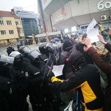 Prosvjed u Banjoj Luci zbog uhićenja Davidovog oca i majke (Foto: Avaz.ba)