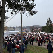 Okupilo se nekoliko tisuća ljudi (Foto: Katarina Jusić)