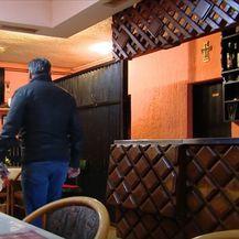 Ivica Šoić u svom kafiću - 3