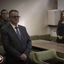 Mara i Alojz Tomašević u sudnici - 1