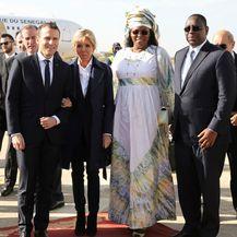 Brigitte Macron u \'muškoj\' odjevnoj kombinaciji - 2