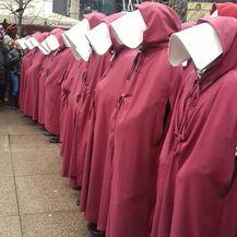 Prosvjed \'\'Sluškinje ustaju za ratifikaciju Istanbulske konvencije\'\' (Foto: Tihana Korać)