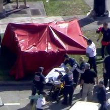 Pucnjava u srednjoj školi u Floridi (Video: AFP)