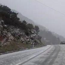 Snijeg na Visu (Video: čitatelj)