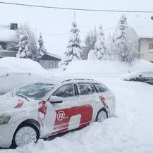 Ravna gora zatrpana snijegom (Video: dnevnik.hr)