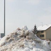 Snijeg zameo Slavoniju i neke ostavio bez krova nad glavom (Video: Dnevnik Nove TV)