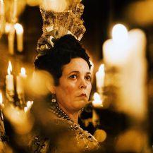Olivia Colman glumi kraljicu Anne