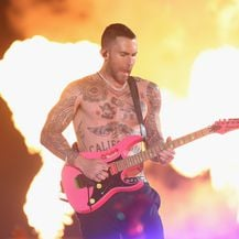 Adam Levine na Super Bowlu (Foto: Getty Images)