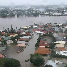Poplave u Australiji (Foto: Handout / QUEENSLAND FIRE AND EMERGENCY SERVICES / AFP)