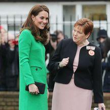 Catherine Middleton u gležnjačama kakvima se žene uvijek vraćaju - 2