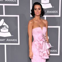 Katy Perry prvi put na dodjeli nagrada Grammy 2009. godine