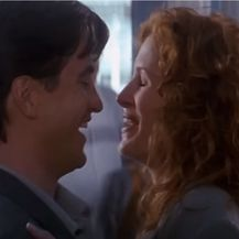 Julia Roberts i Dermot Mulroney (Foto: Screenshot)