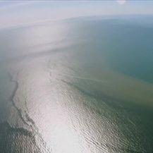 Poplave u Sjevernoj Australiji ugrozile Veliki koraljni greben (Video: Reuters)