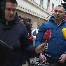 Ispitivanje Darka Kovačevića od strane medija (Foto: Dnevnik.hr)