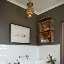 Kupaonica u bijelo-sivoj kombinaciji boja - 5