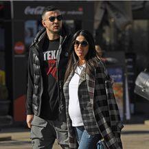 Lijepa trudnica Antonia Bozza i njen suprug Danijel Subašić prošetali su centrom Zagreba - 5