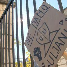 Plakat na ulazu u Uljanik (Foto: Dnevnik.hr)