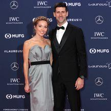 Jelena je blistala u elegantnoj sivoj haljini