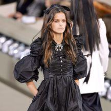 Male crne haljine Karla Lagerfelda za modnu kuću Chanel - 1