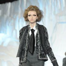 Chanelovi dvodijelni kostimi u (re)interpretaciji Karla Lagerfelda - 7