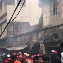 Prizori nakon gašenja požara (Video: APTN)