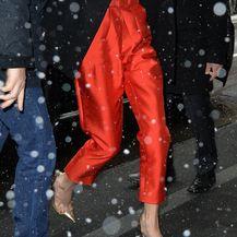 Amal Clooney u \'riskantnom\' odjevnom komadu - 5