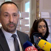 Burno oko zakona o INA-i (Foto: Dnevnik.hr) - 1