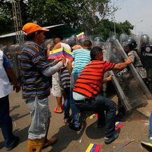 Neredi u Venezueli (Foto: AFP)