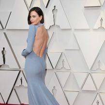 Haljina modne kuće Dior otkrila je leđa lijepe glumice