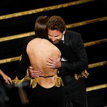 Irina Shayk, Bradley Cooper i Lady Gaga (Foto: Getty)