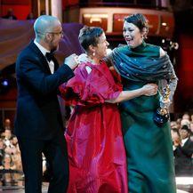Sam Rockwell i Frances uručili su Oliviji Coleman Oscara za najbolju žensku ulogu