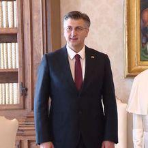 Andrej Plenković i papa Franjo - 1