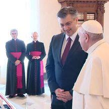Andrej Plenković i papa Franjo - 4