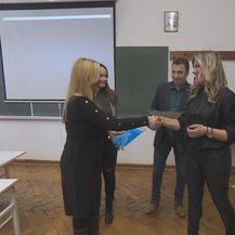 HUP nagradio učenice poduzetnice