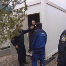 Policija uz granicu
