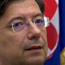 Državni tajnik Željko Uhlir već počeo s obnovom - 2