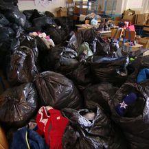 Donirana roba iz Italije za potresom pogođena područja - 3