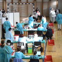 Cijepljenje u sportskoj dvorani - 2
