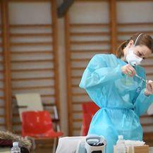 Cijepljenje u sportskoj dvorani - 3