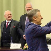 Deseci dužnosnika dobili njihove packe (Foto: Dnevnik.hr) - 3