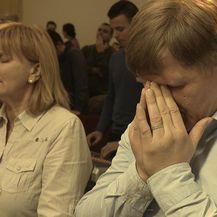 Prepuste se molitvi i progovore na jezicima koje ne poznaju (Foto: Provjereno) - 4