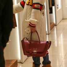 Jennifer Lopez u kardiganu Gucci kakav nosi i Severina - 4