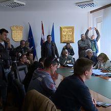 Rasprava: crkva na parkiralištu Splita 3 (Foto: Dnevnik.hr) - 2