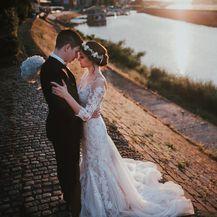 Vjenčana fotografija uz Dravu