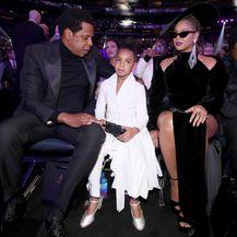 Blue Ivy na 60. dodjeli Grammyja s roditeljima - 1