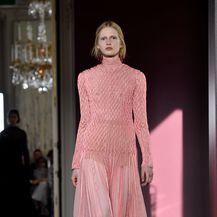 Ružičaste haljine - 8