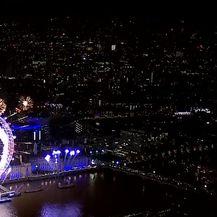 Doček u Londonu (Video: APTN)